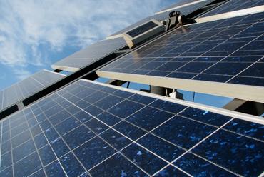 Santa Catarina isenta o ICMS de energia solar, hídrica e eólica